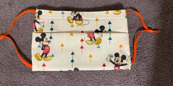 Mickey Mouse up arrow face mask